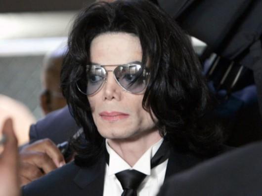 杰克逊死亡证明曝光判定凶杀 私人医师聘律师