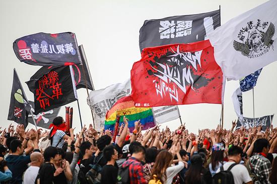 眼镜蛇乐队是中国第一支女子乐队,曾在90年代中国摇滚盛世中留下了不